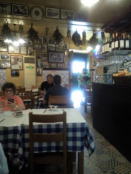Hidden Gem Lisbon City Center Restaurant Ze Da Mouraria